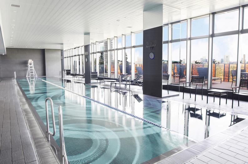 ブリリア有明スカイタワーのプール