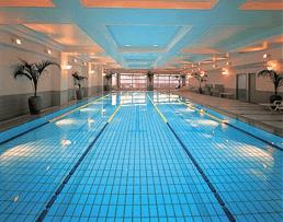 東京マリオットホテルのプール