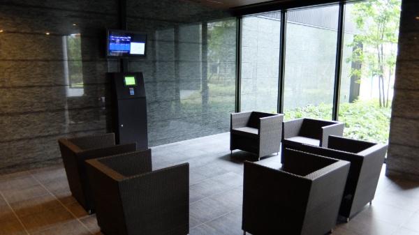 シティタワーズ豊洲ザ・シンボルのタワーパーキング待合室